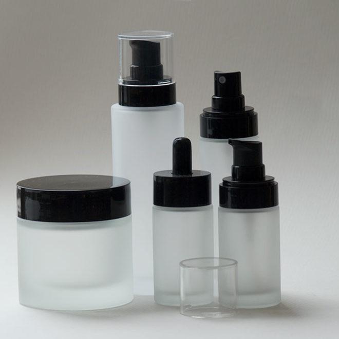 Kosmetikverpackungen und Zubehör