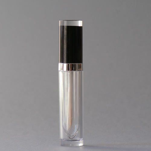 Lipglossgarnitur mit schwarzem Deckel und silbernem Band, 7,5 ml Inhalt