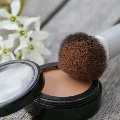 Bronzer in der Make-Up-Compact-Dose, 36 mm