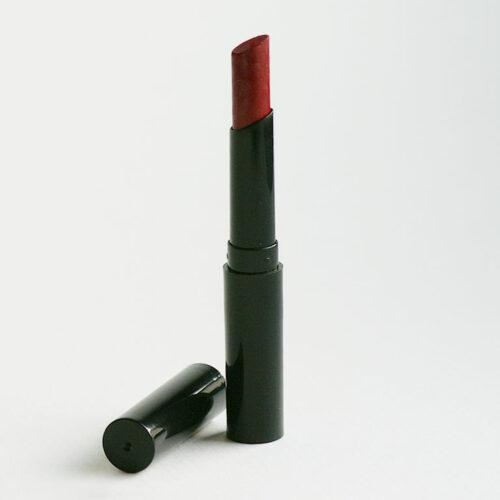 Lippenstift in der eleganten, schmalen Form
