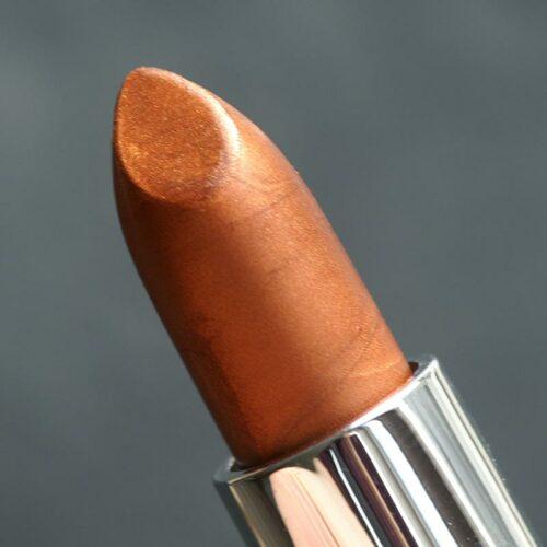 Lippenstift mit Silk Copper und einem geringen Anteil Aztec Gold