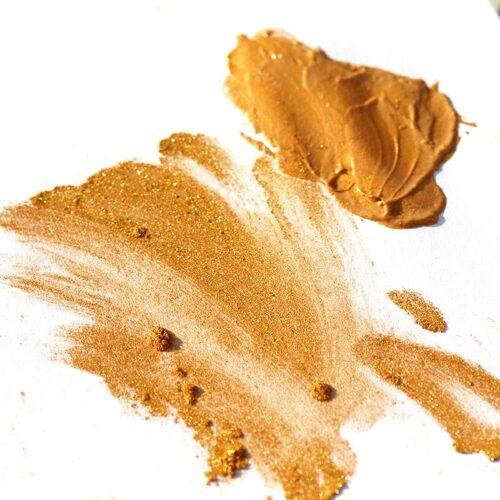 Pearlescent Mica Aztec Gold als Pulver und in einer Emulsion verarbeitet