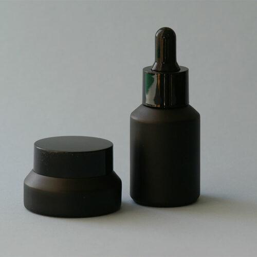 Serumflasche und Tiegel Noire Complete, mit Pipette